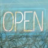 """Blogparade: """"Lieber online kaufen und Geld sparen oder zu einem Fachhändler vor Ort gehen"""""""